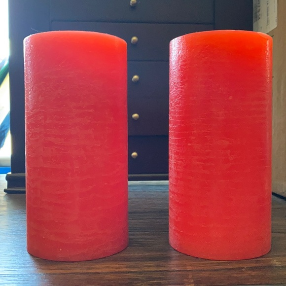 PartyLite red LED pillar set
